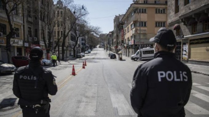 polis sokak
